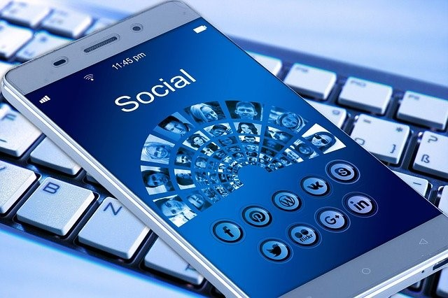 how to run social media campaign on a small budget